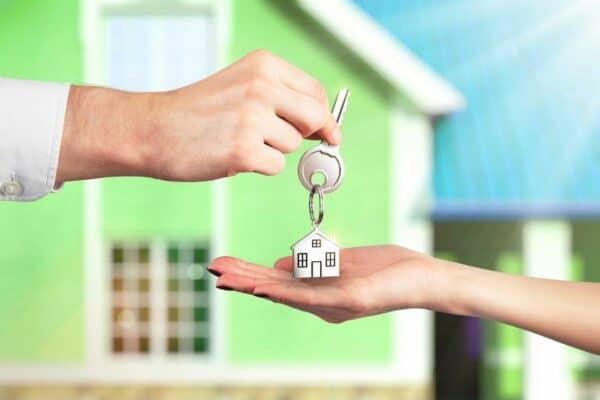 Как получить матери одиночке квартиру от государства бесплатно