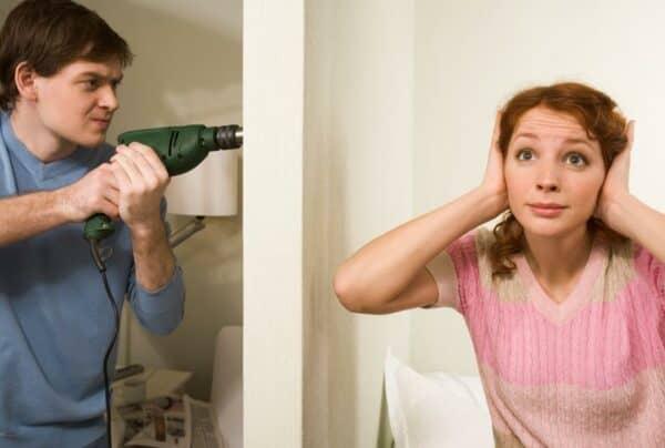 Когда можно шуметь в квартире